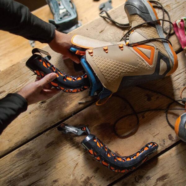 Drysure Extreme Black/Orange tork för kängor och skor.